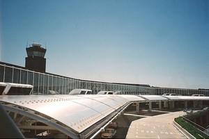 Autovuokraamo Baltimore Lentokenttä