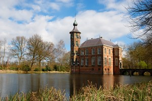 Autovuokraamo Breda