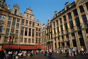 Autovuokraamo Bryssel