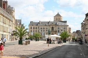 Autovuokraamo Caen