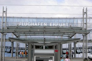 Autovuokraamo Erfurt Lentokenttä