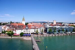 Autovuokraamo Friedrichshafen
