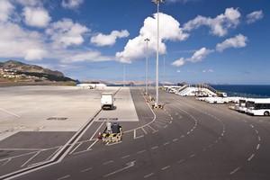 Autovuokraamo Funchal Lentokenttä