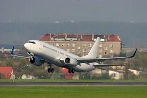 Autovuokraamo Gdansk Lentokenttä