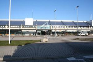 Autovuokraamo Göteborg Lentokenttä