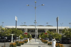 Autovuokraamo Jerez Lentokenttä