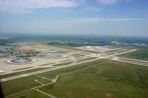 Autovuokraamo Kansas Lentokenttä