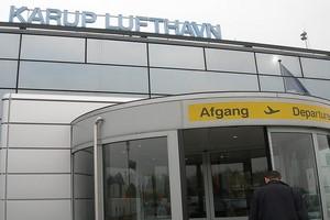 Autovuokraamo Karup Lentokenttä