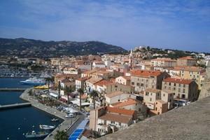 Autovuokraamo Korsika