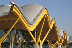 Autovuokraamo Madrid Lentokenttä