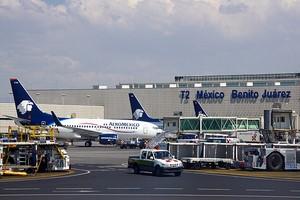 Autovuokraamo Meksiko City Lentokenttä