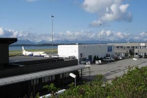 Autovuokraamo Molde Lentokenttä
