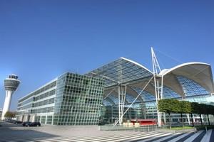 Autovuokraamo München Lentokenttä