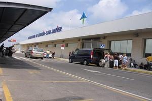 Autovuokraamo Murcia Lentokenttä