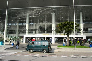 Autovuokraamo Napoli Capodichino Lentokenttä