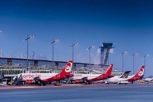 Autovuokraamo Nürnberg Lentokenttä