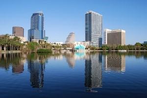 Autovuokraamo Orlando