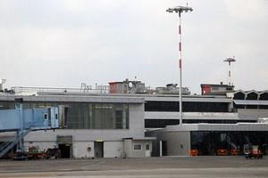 Autovuokraamo Pisa Galileo Galilei Lentokenttä