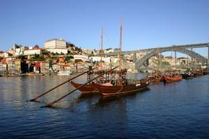Autovuokraamo Porto