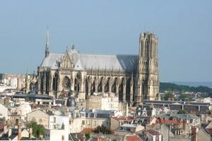 Autovuokraamo Reims