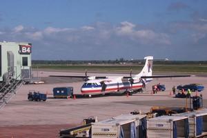 Autovuokraamo Santo Domingo Lentokenttä