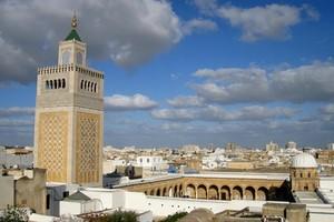 Autovuokraamo Tunis