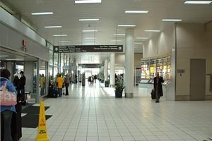 Autovuokraamo St. Louis Lentokenttä