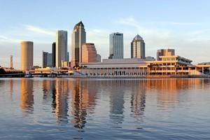 Autovuokraamo Tampa