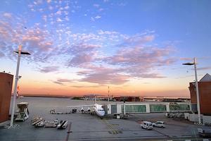 Autovuokraamo Venetsia Lentokenttä